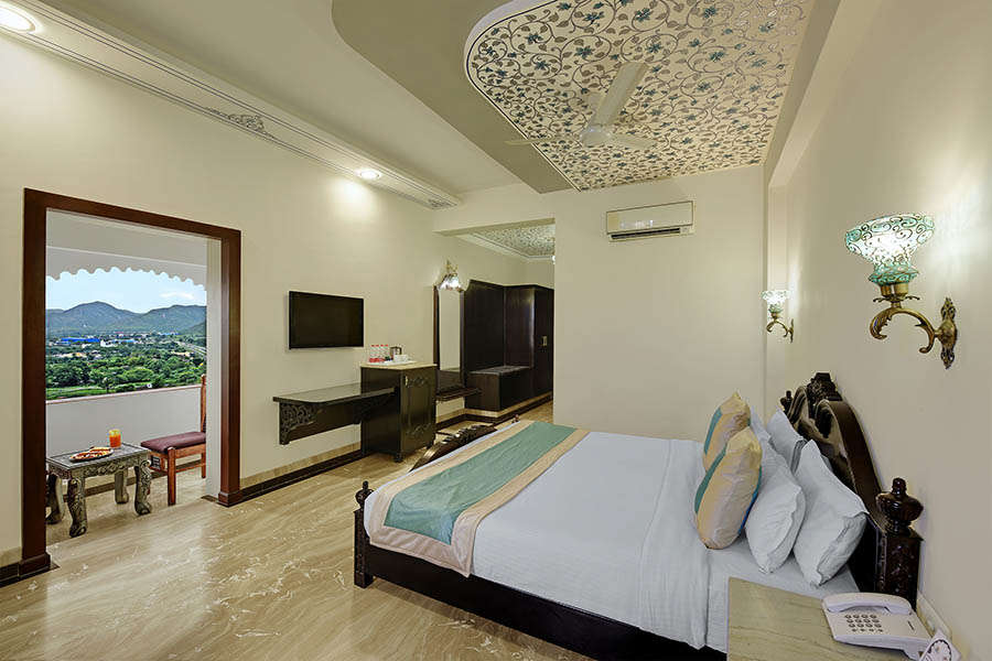 Bhairavgarh Udaipur Luxury Resort 4
