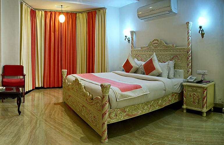 Honeymoon suite Bhairavgarh Udaipur 4